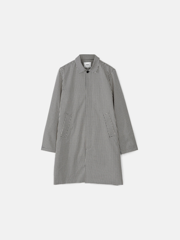 The Trench Dogtooth